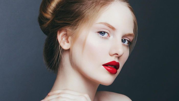 What are the best lipstick shades for fair skin?