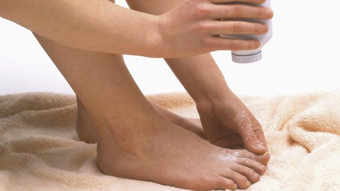 How Long Does the Athlete's Foot Fungus Live on a Towel or a Shoe?