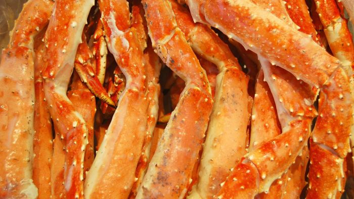 How Long Does It Take to Boil Snow-Crab Legs?
