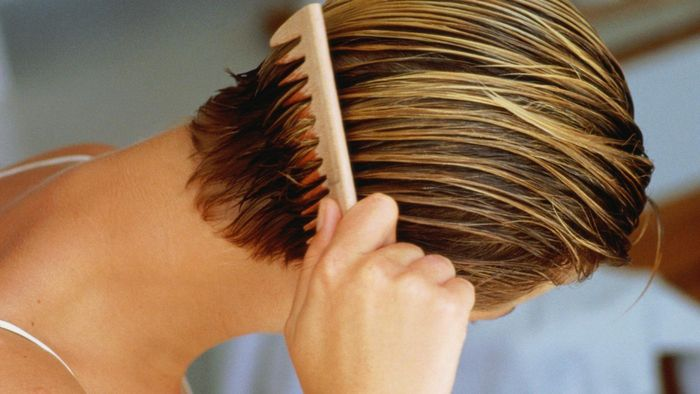 How Long Do You Leave Peroxide in Hair?