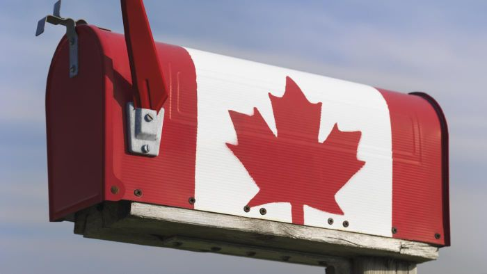 How Long Will It Take for a Letter From the United States to Reach Canada?