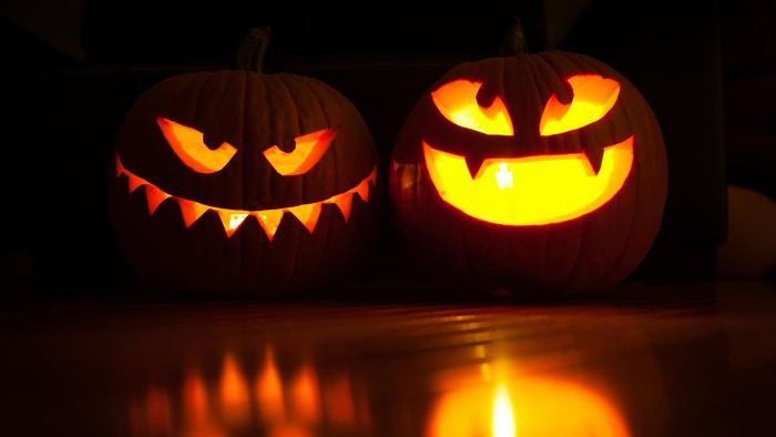 How Long Do Pumpkins Last After You Carve Them?