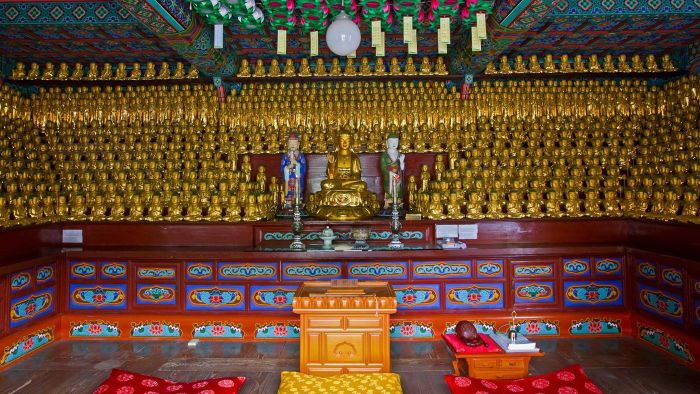 What Does It Look Like Inside a Buddhist Temple?