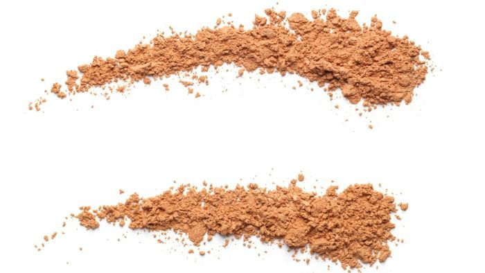 What Are the Best Loose Powder Foundations?