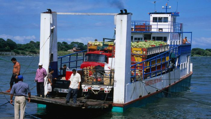 What are the major imports of Nicaragua?