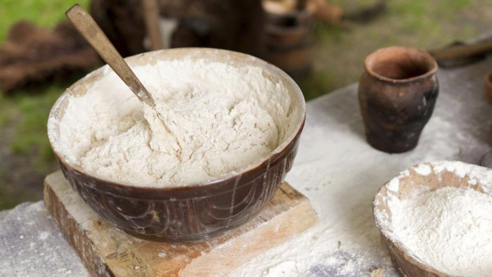 How Do You Make Clay With Flour?