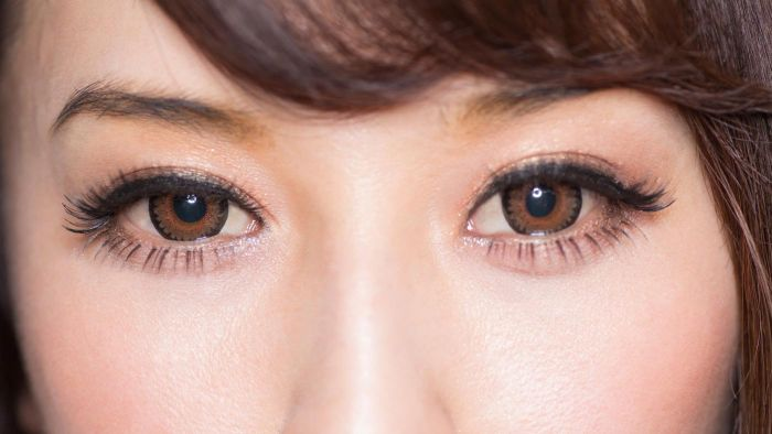 What Makeup Color Is Best for Brown Eyes?