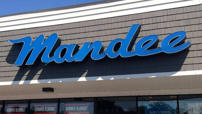 What Are the Mandee Store Hours?