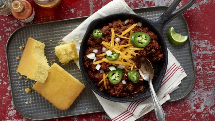 How Many Calories Are in a Bowl of Chili?