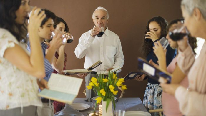 How Many Cups of Wine Are Shared at Passover?
