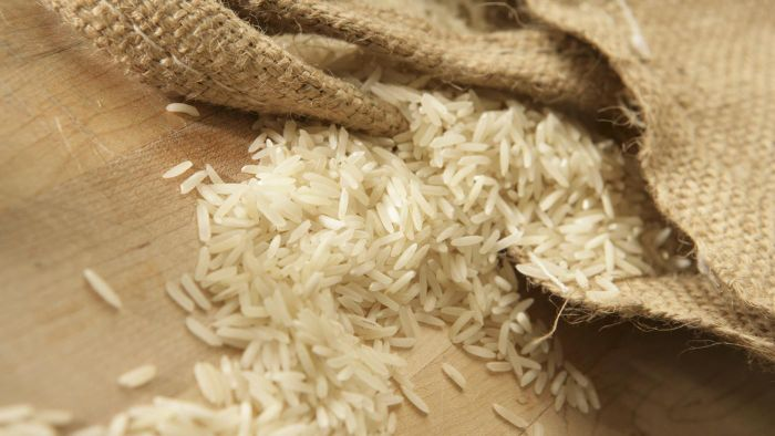 How Many Grains of Rice Are in a Pound?