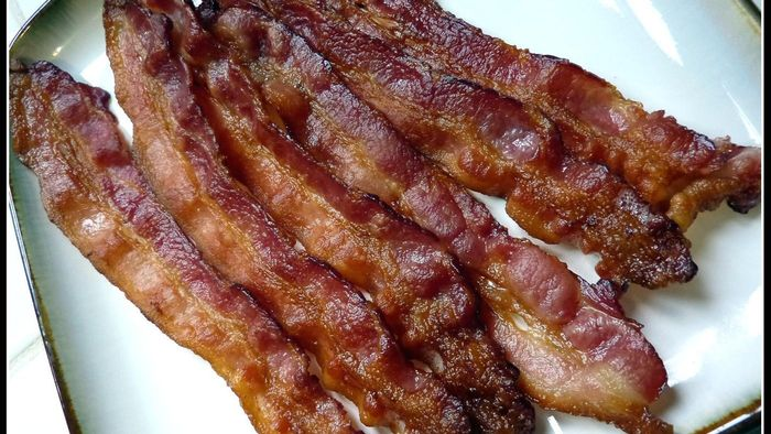How Many Grams of Protein Are in Bacon?