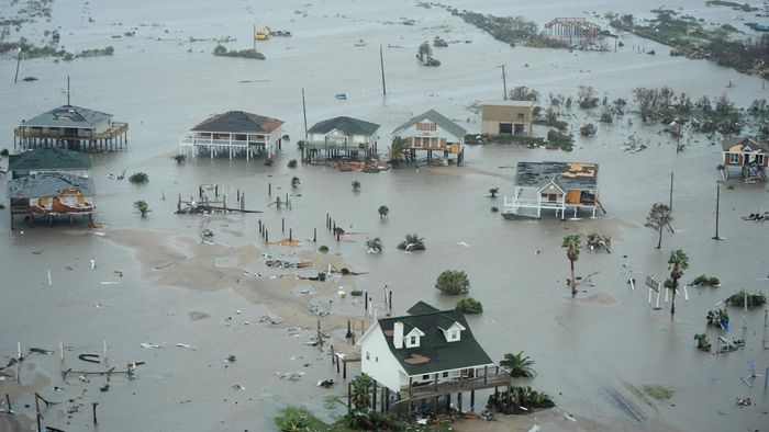 How Many People Died in Hurricane Ike?