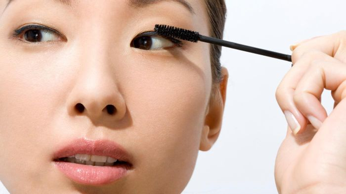 What is the best mascara for Asians?