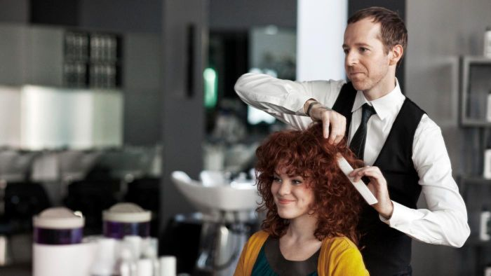 What Is a Master Hair Stylist?