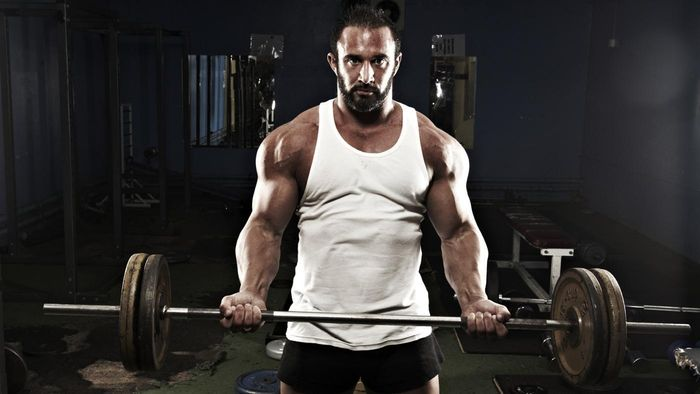 How Much Does a Standard Barbell Weigh?