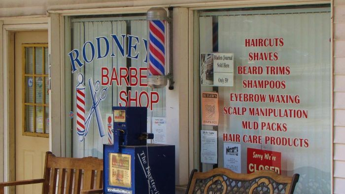 How Much Does a Barber Make in a Year?