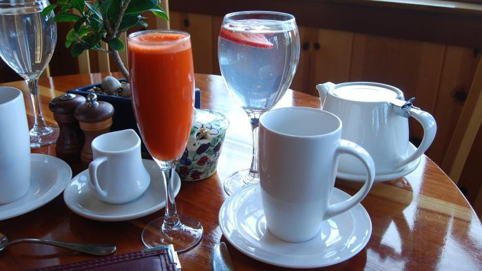 How much carrot juice should you drink a day?