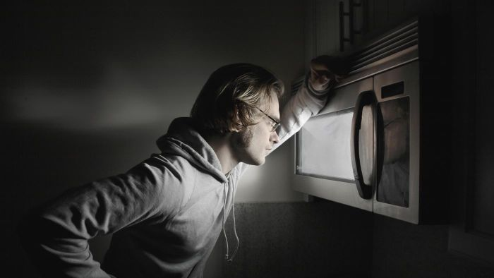 How Much Harmful Radiation Leaks Out of a Microwave Oven?