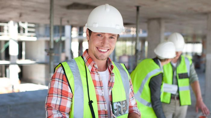 How much money do construction workers make?