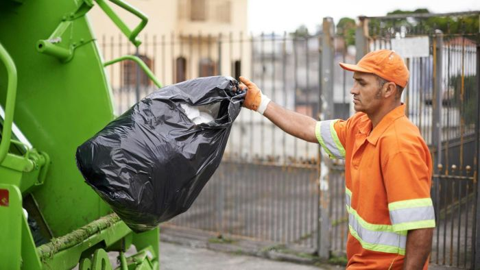 How Much Does a Trash Collector Make?