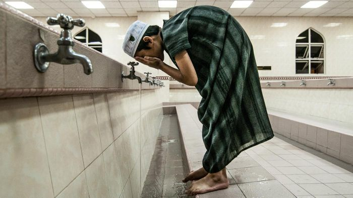 Why Do Muslims Wash Before They Pray?