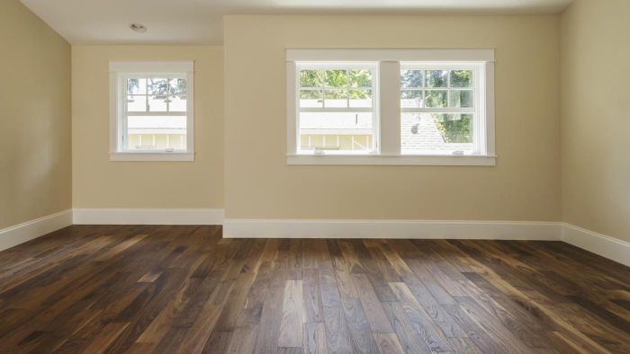 Are there non-toxic products that clean hardwood floors?