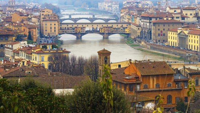 why did the renaissance start in italy Jon cook identifies the mix of factors that helps explain the florentine renaissance why renaissance why florence in italy in general and in florence in.