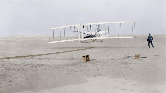 Who Invented the First Aeroplane?