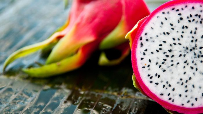 What Are the Nutritional Facts for Dragon Fruit?