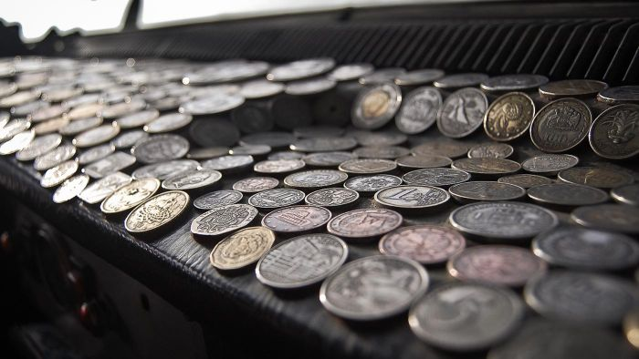 Is There an Organization for People Who Deal in Old and Rare Coins?