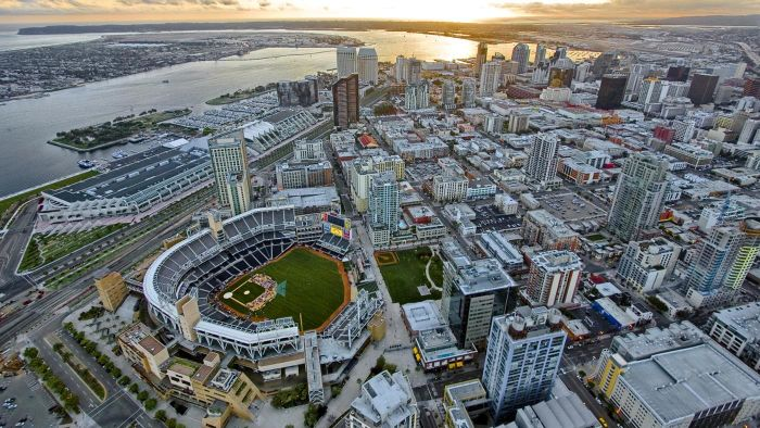 What Is the Party Line Number in San Diego?