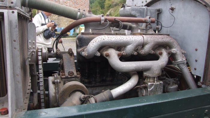How Does a Petrol Engine Work?