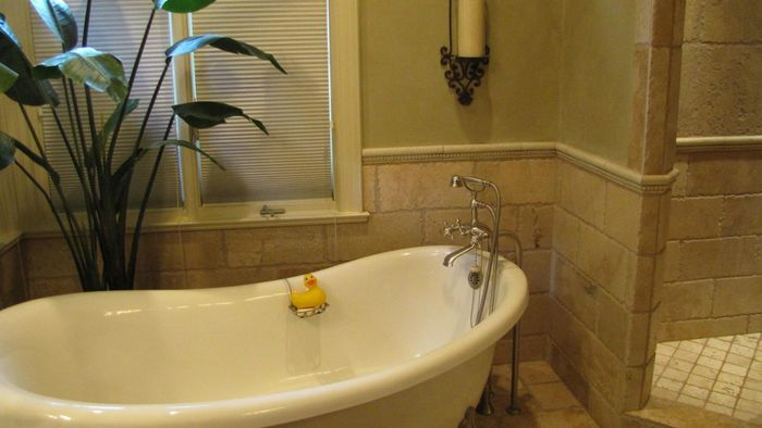 What Are Some Popular Bathroom Designs?