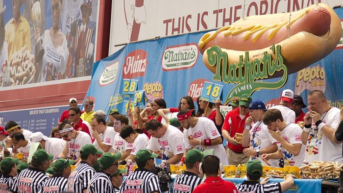 How Do You Prepare for an Eating Contest?