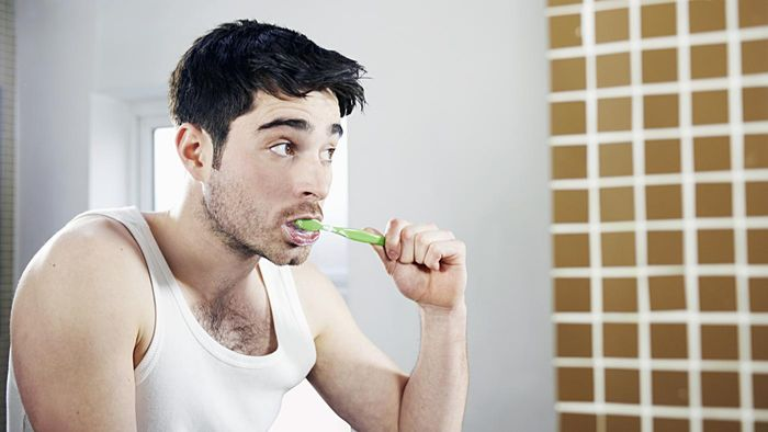 What Is the Proper Way to Brush Your Teeth?
