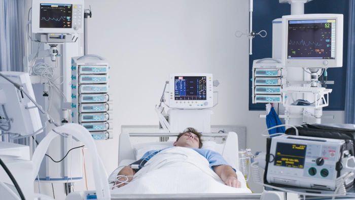 What Are the Pros and Cons of Life Support?