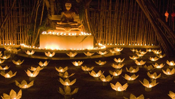 What Is the Purpose of a Candle-Lighting Ceremony?