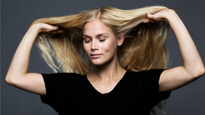What Are Some Quick Hairstyles for Long Hair?