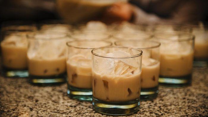 What Is the Best Recipe for a White Russian?