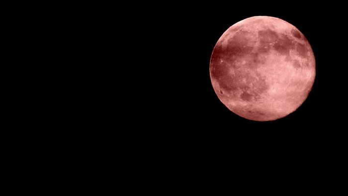 What Is the Meaning of a Red Moon?