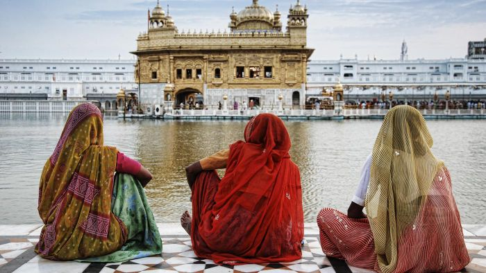 Who was responsible for the construction of the Golden Temple?