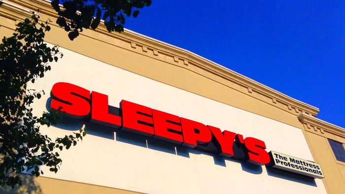 What retailers sell twin XL mattresses?