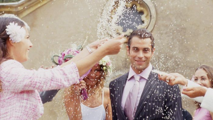 Why Is Rice Thrown at Weddings?