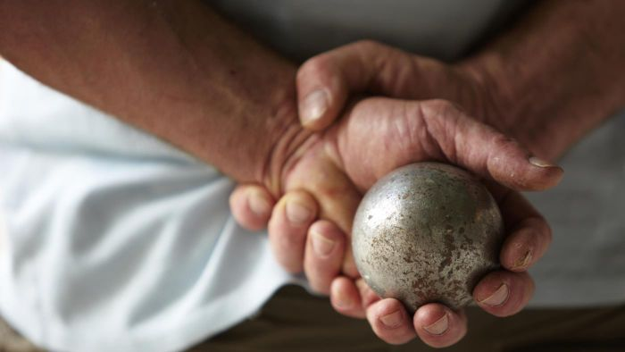 What Are the Rules for Playing Bocce Ball?