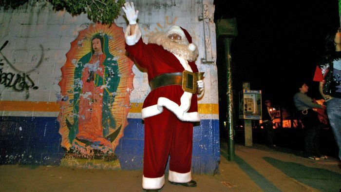 What Does Santa Claus Look Like in Mexico?