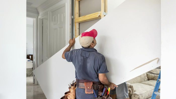 What Is a Sheetrock Lift?
