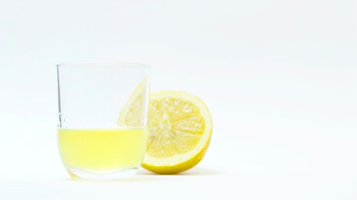 Should I Use Lemon Juice on My Face?