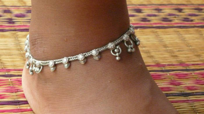 anklet by images on her and beaded pinterest gold anklets for simple summer best bluerosedreamer pretty key strap charm ankle featuring lock