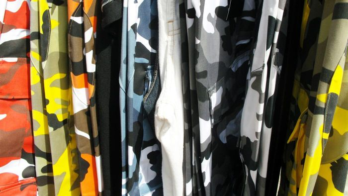 What should you wear with camo pants?
